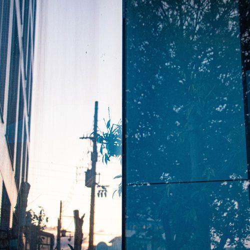 通りすがりの窓光